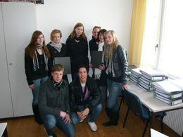 Schüler der JagSt. 12 betreuen Rechtschreibgruppe