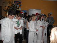 Schwedische Schülergruppe beim Lucia-Fest im HVG