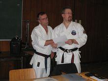 Prüfer A. Modl mit Lehrer Heiko Witkop